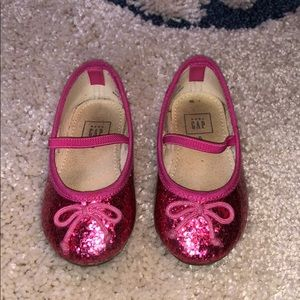 Pink glitter Gap shoes with bow, size 5